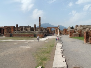 Pompeii Foro and Vesuvius