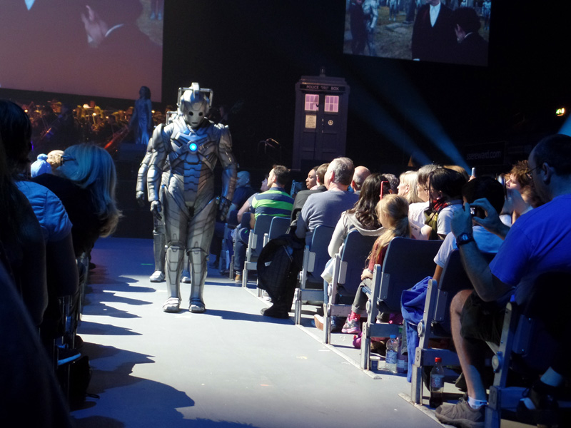 Cybermen at the Doctor Who Symphoc Spectacular