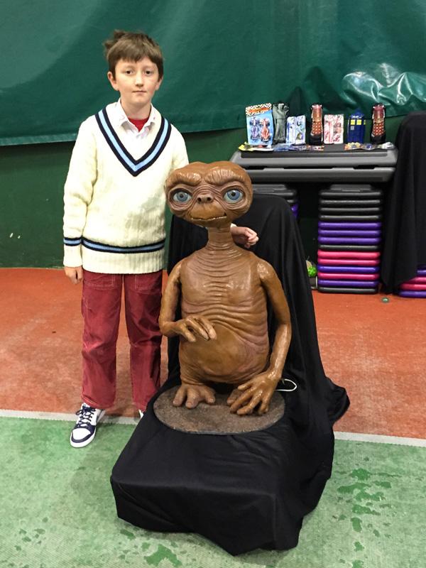 Meeting E.T.