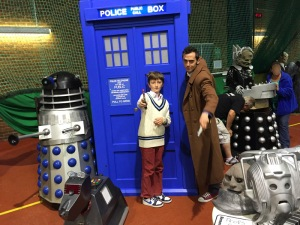 Tenth and Fifth Doctor Cosplay with TARDIS