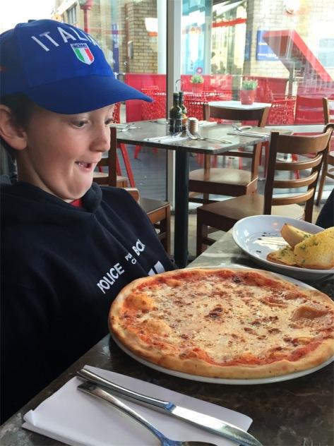 Pizza at Bellini's Cardiff