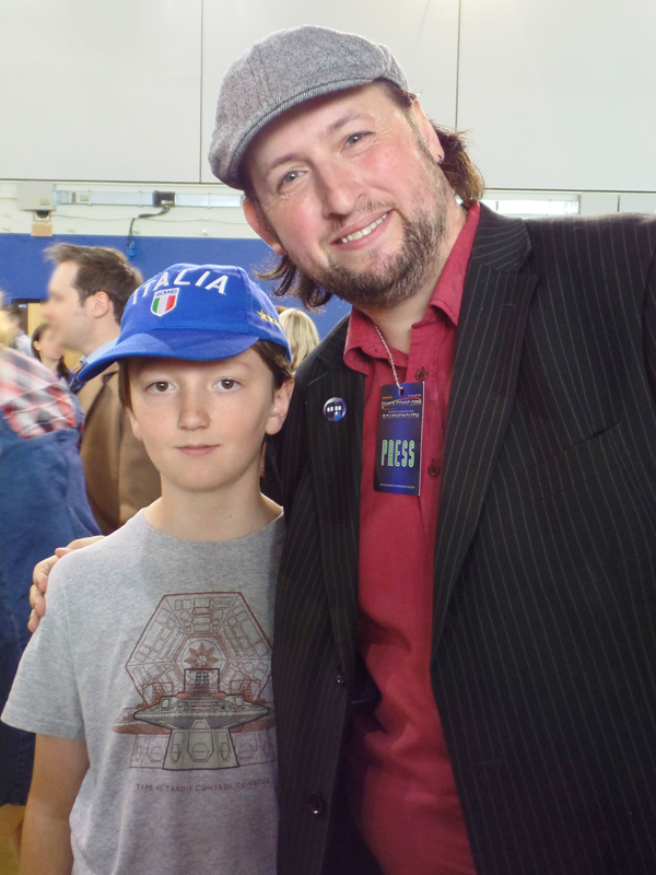 Tom and Doctor Squee from Gallifrey Stands Podcast