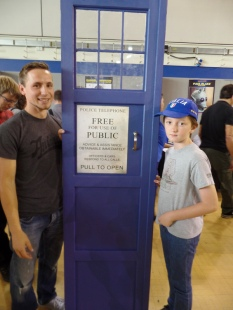 Luke and his TARDIS door at Film & Comic Con Bournemouth