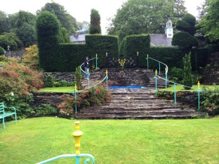 Walking through Plas Brondanw gardens where The Five Doctors was filmed