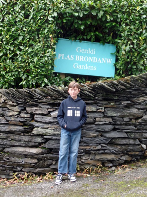 Welcome to Plas Brondanw Gardens filming location of The Five Doctors