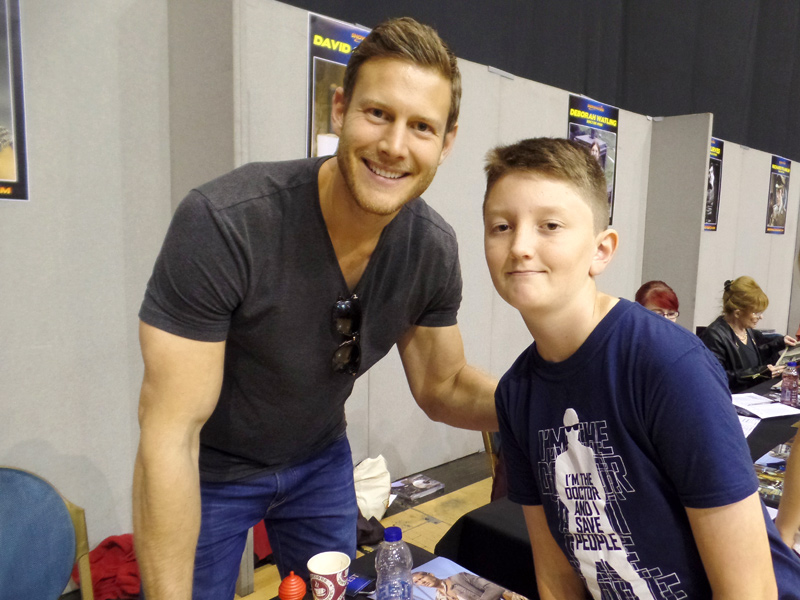 Tom Project Indigo meets Tom Hopper at Film & Comic Con Bournemouth