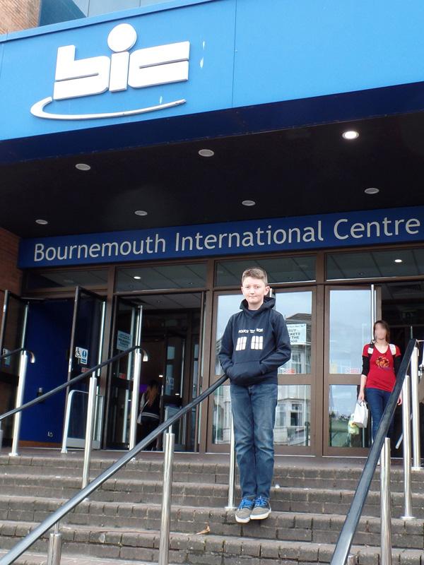 Tom Project Indigo outside Film & Comic Con Bournemouth